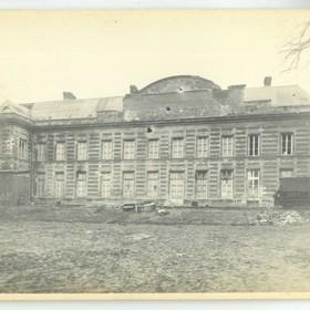 La façade du Palais Fénelon vue de derrière en 1918.