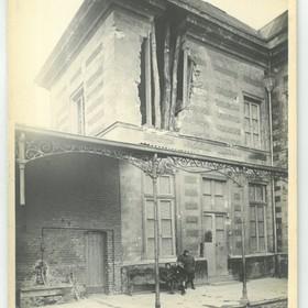 Le préau de l'école des filles en 1918.