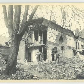 Un bâtiment non-identifiable en 1918.