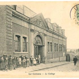 Carte postale de l'ancien collège du Cateau