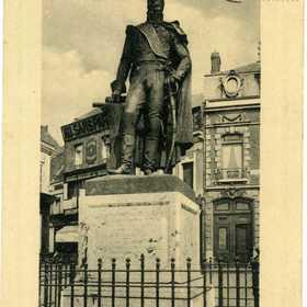 Statue du Maréchal Mortier_01_1912-08-08.jpg