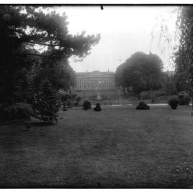 Photographie du parc et du palais Fénelon